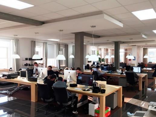 Lab lieu de création - Location tables de travail