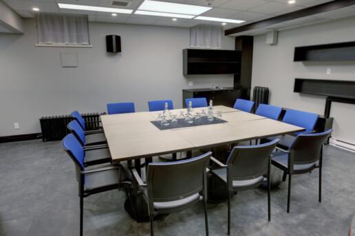 Salle de reunion 12 chaises